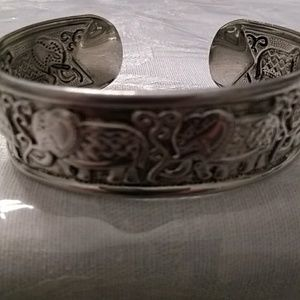Jewelry - Silver plated Tibetan engraved elephant bracelet